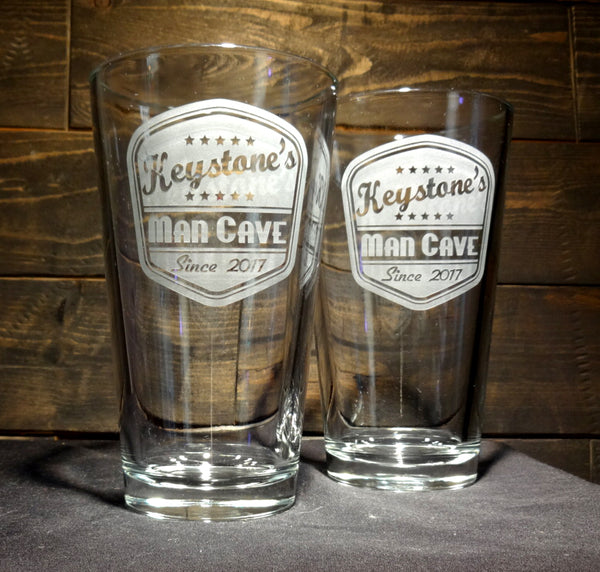 Custom Pint Glasses with Retro Pub Label, Etched Glasses, Set of 2