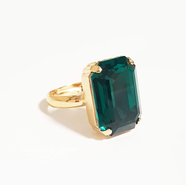 Geometric ring, Emerald gold ring, Dana Mantzur