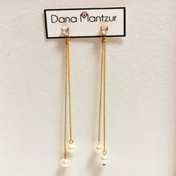 Gold pearl earrings | Kennedy Earrings | Dana Mantzur