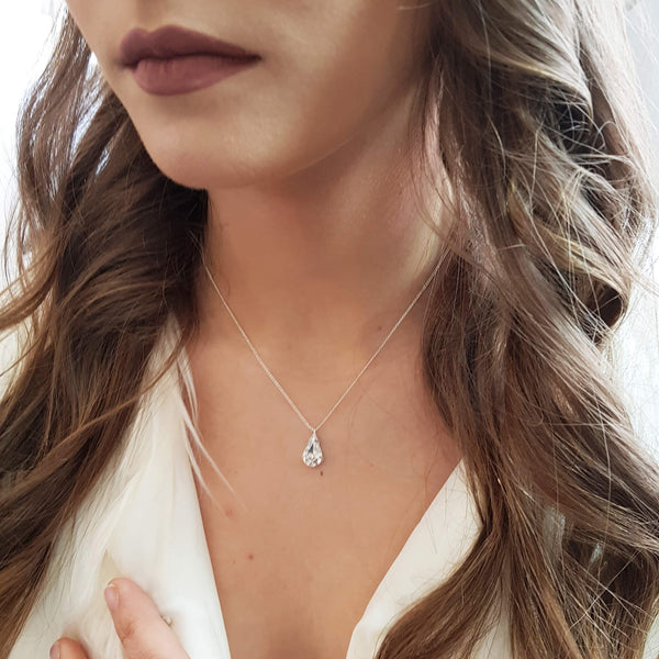 Minimalist necklace