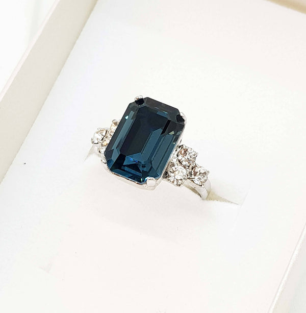 Elizabeth Ring, Deep blue ring, Dana Mantzur