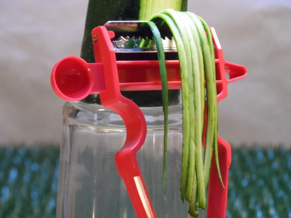 COMBO OF 3-IN1 VEG PEELER & CLEVER CUTTER!