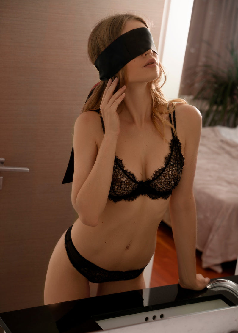 LUXE SATIN BLINDFOLD - Innate Intimates