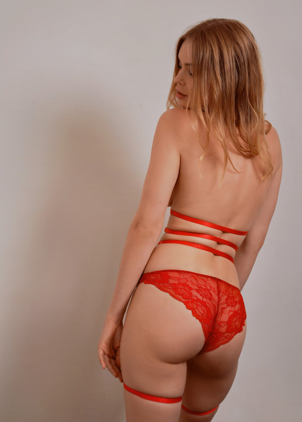 CATE RED HARNESS THIGH SUSPENDER - Innate Intimates