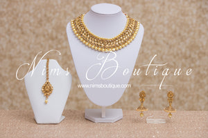 Regal Kundan Gold & Pearl Set