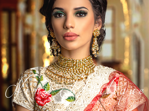Luxury Kundan Ivory statement necklace & earrings