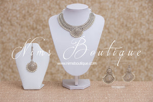 Small Royal Silver & Pearl set