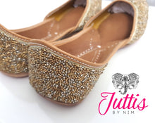 Gold Sparkle Leather Punjabi Juttis
