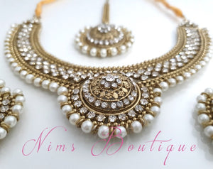 Small Royal Antique Gold, Pearl & Clear Stone set