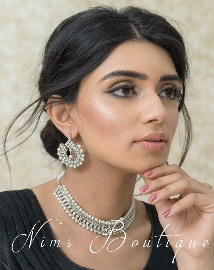 Vidya Silver & Pearl Earrings