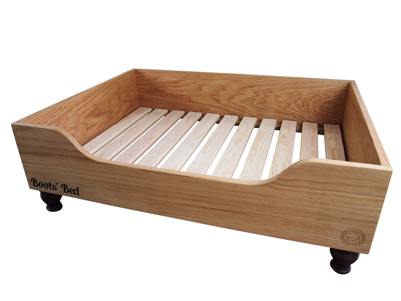 What are the benefits of a raised dog bed?