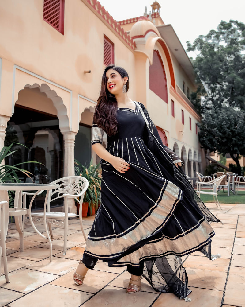 Black Shimmer Gotapatti Anarkali Set