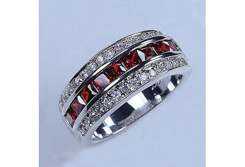 Beautiful 925 Sterling Silver Red Garnet January Gem Stone Ring