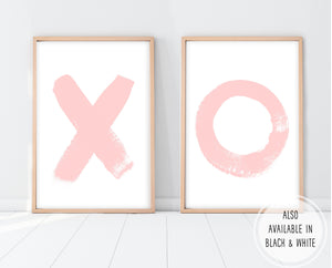 Little Girl Bedroom Decor | X And O Print Set | Ollie + Hank
