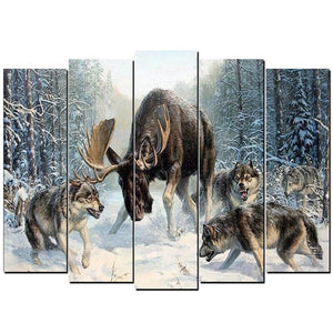5 Panels Diamond Painting - Wolves Hunting - Floating Style - Diamond Haft - Paint With Diamond