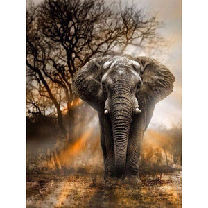 Diamond Painting - Wild Elephant - Floating Style - Diamond Haft - Paint With Diamond
