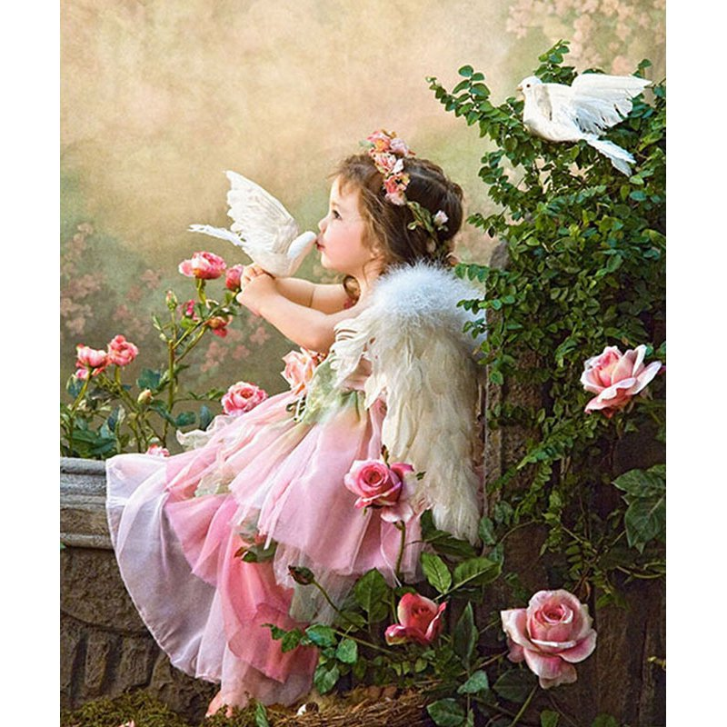 Diamond Painting - Little Girl Angel - Floating Styles - Diamond Embroidery - Paint With Diamond