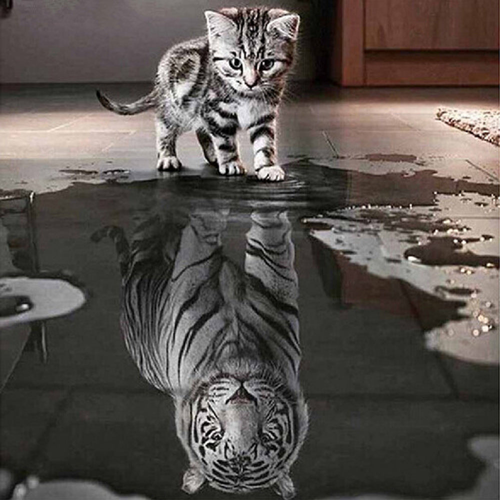 Diamond Painting - Courage: Cat or Tiger - Floating Styles - Diamond Embroidery - Paint With Diamond