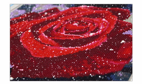 Bild von Deal of Diamond Painting - Funkelnde Rose - Schwimmende Stile - Diamantstickerei - Malen mit Diamant
