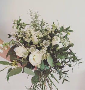 GREEN + WHITE BOUQUET