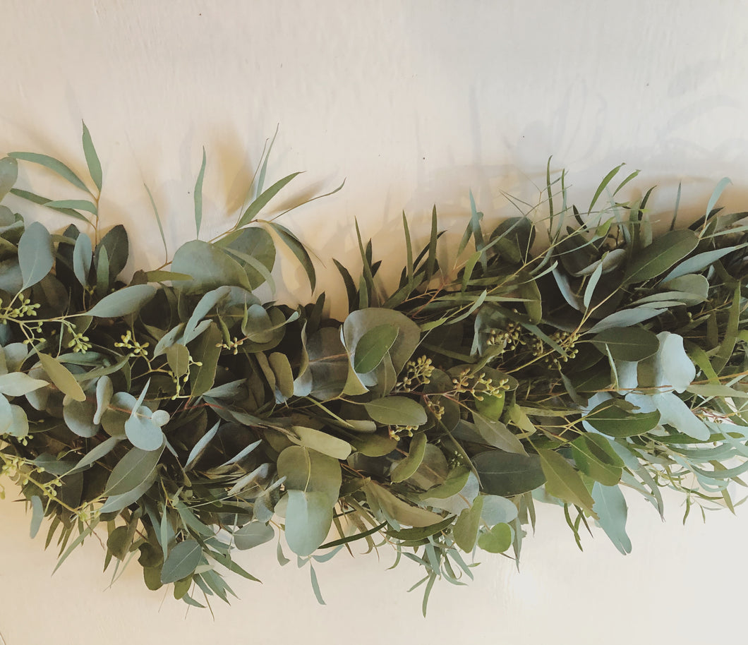MIXED EUCALYPTUS GARLAND