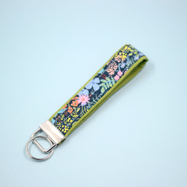 Meadow Key Fob in Navy