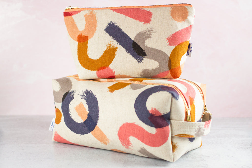 gift set of dopp kit and matching makeup bag