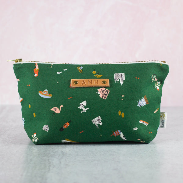 Explorer Makeup Bag