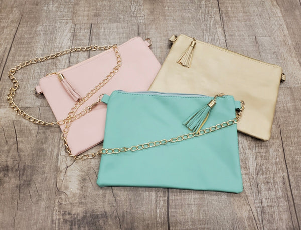 Chain tassel purse