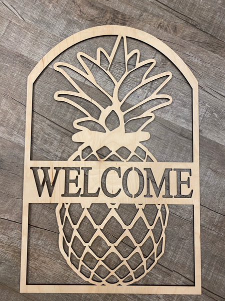 Pineapple Door Hanger- Wood Design