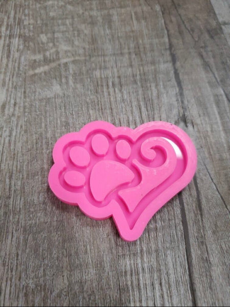 Paw with heart silicone mold