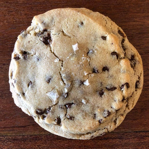 Miette et Chocolat Sea Salt Chocolate Chip Cookie