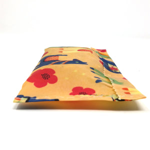 Beeswax sandwich wrap or snack wrap bag, natural food wrap, eco friendly wrap, Lama