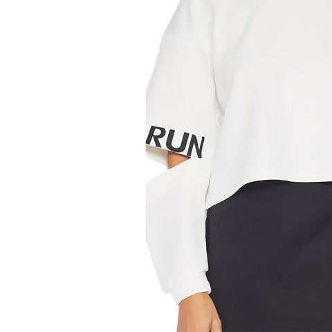 white jumper details, RUN print
