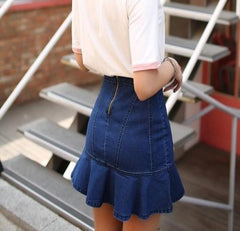 fitted skirt with zip
