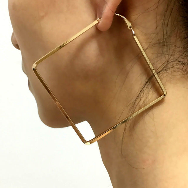 GO SQUARE EARRINGS