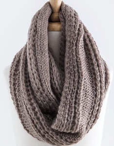Cable Knit Infinity Scarf - Mocha
