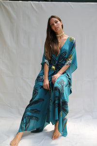 Banana Bungalow in La Palma long split hem kaftan