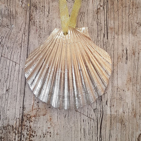 Gold Scallop Shell