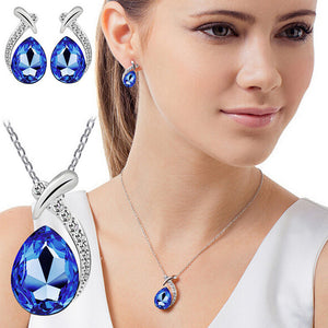 Women's Heart Rhinestone  Necklace and Earrings - Roseandjoy