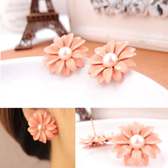 Women Lady Lovely Daisy Flower Pearl Stud Earrings Ornament Decoration
