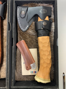 KARESUANDO BUSHCRAFT AXE CARBON BLACK -  - Mansfield Hunting & Fishing - Products to prepare for Corona Virus