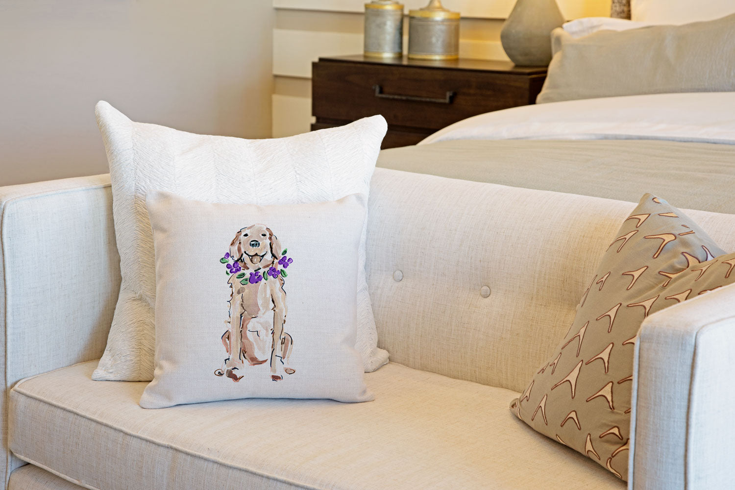 Goldie Retriever Throw Pillow Cover - Dog Illustration Throw Pillow Cover Collection-Di Lewis