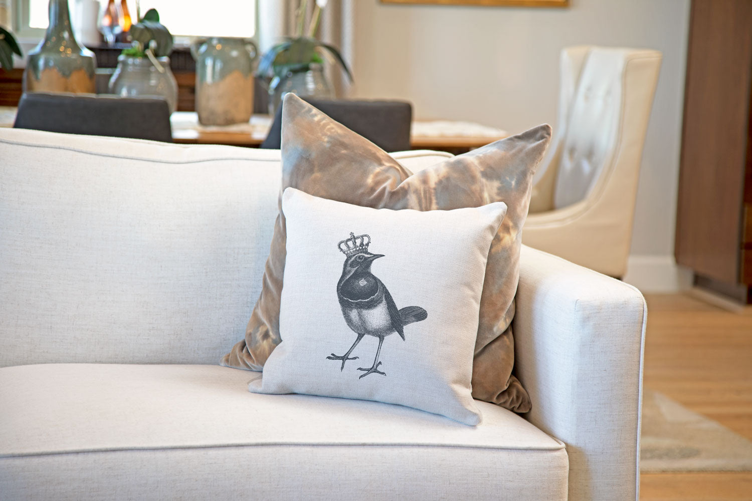 The Royal Robin Throw Pillow Cover - Animal Illustrations Throw Pillow Cover Collection-Di Lewis