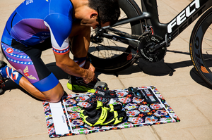 Speed Hound Transition Mat and Quick Dry Towel (Wild Skulls)