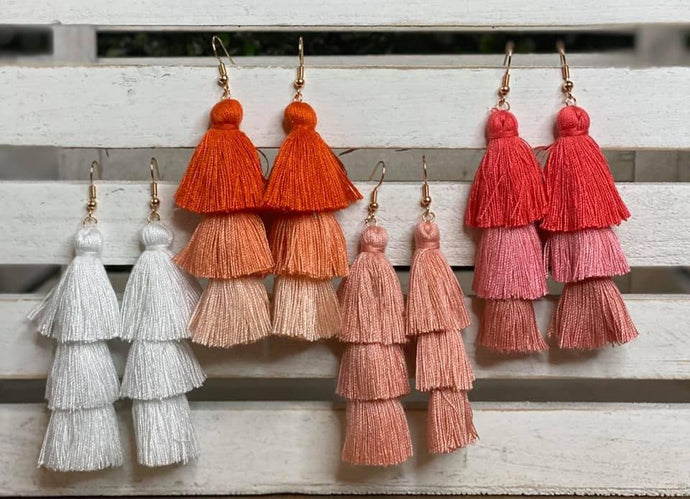 Bold and Beautiful layered ombre fringe earrings are all the rage right now! Such a fun way to add a pop of color to your favorite Spring and Summer outfits! These drop earrings are so girlie and so fun!