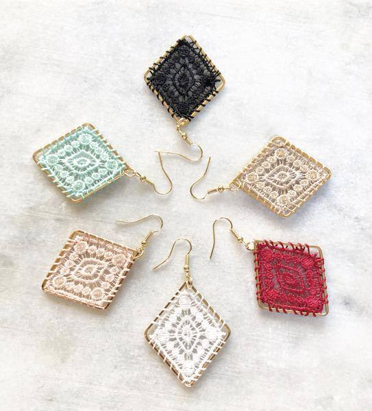 Hand stitched lace in a gold tone diamond dangle earring! These beauties add so much dimension to your outfit and are perfect for Spring and Summer accessorizing!  Alloy metal suitable for sensitive ears.