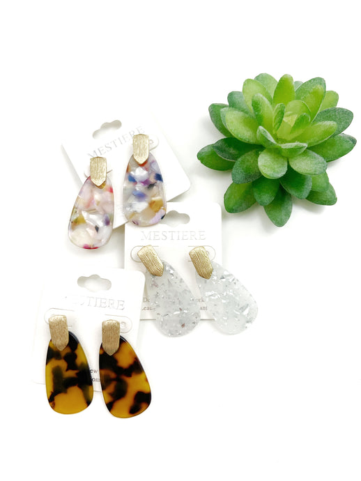 These resin post earrings are going to be your favorites this Spring!! I love the subtle pop of color these add to any outfit!