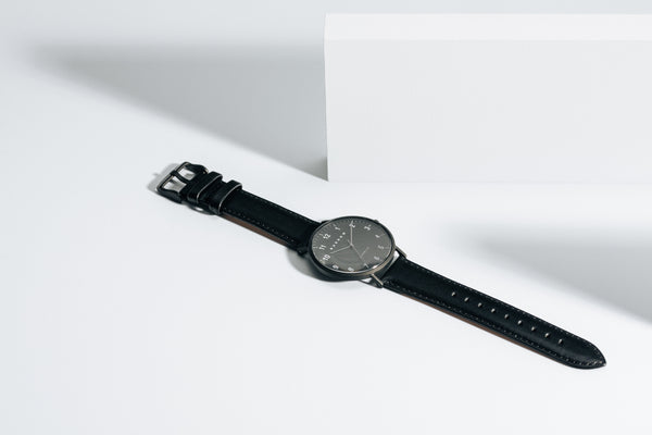 Modello, Coal | Black Leather + Mesh