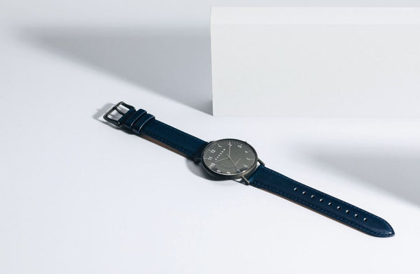 Modello, Coal | Navy Leather + Mesh